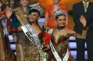 Miss Indonesia 2013 & Miss Worldgambar: Internet
