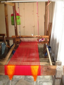 Salah satu alat tenun yang dipakai penenun di Nagari Pandai sikek.Gambar: Milik Sendiri