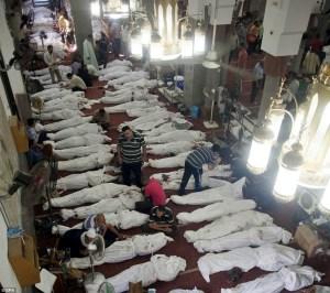 Mayat para Syuhada di Masjid Al Fath di Lapangan Ramses.