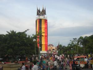 Ilustrasi Gambar: http://roemahpancake.wordpress.com/minangkabau/